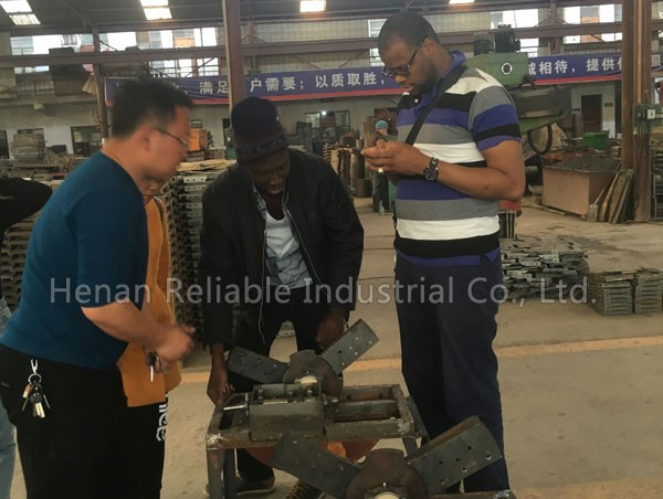 In March 7, 2018, Senegal customers visited the factory and made 3 sets of hay cutter.
